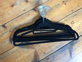 10 non slip velvet coat hangers