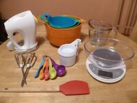 Baking starter package! Everything from mixing bowls to muffin tray to cooling rack