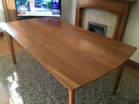 Beech vaneer dining table & 4 matching chairs