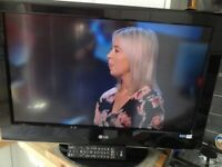 32 inch LG flatscreen television with Freeview