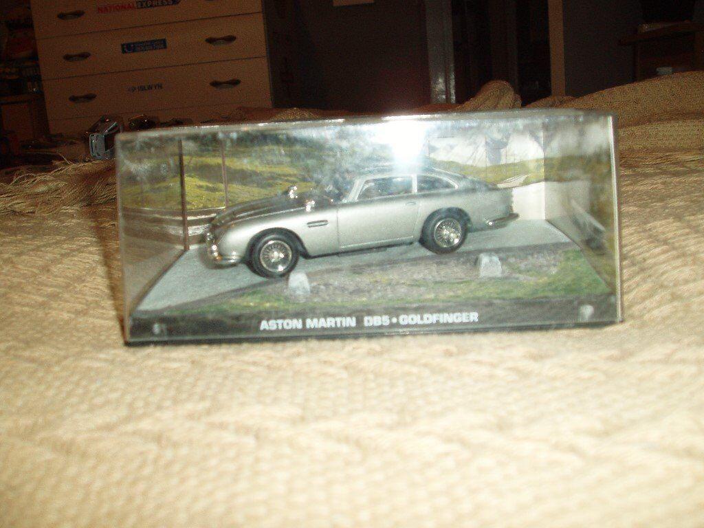brand new in its box aston martin db5 gold finger diecast car