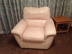 Leekes cream leather 3 piece suite