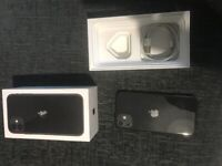 iPhone 11 64gb BOXED with charger