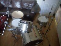Rare Tama Superstar Gold Metallic 5 Piece Full Drum Kit (24in Bass) + All Stands