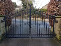 Quality galvanized gates. Each gate 125cm wide. Good condition. Pick up only as rather heavy.