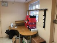 Room for Office/Commercial use or Storage usage.