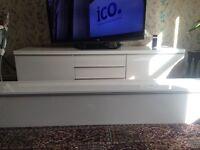Ikeya TV stand
