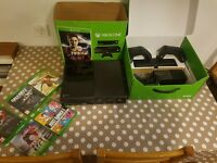 XBOX One 500GB with Kinect Plus 5 Games 2 Controller