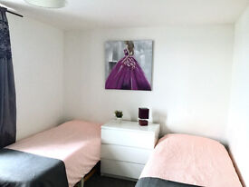 double room to let with friendly clean house share mostr bills inclusive of rent