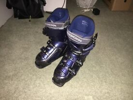 Rossignol ladies ski boots (size 25.5, approx size 7 UK)