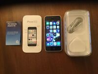IPhone 5c, white, very good condition, all accessories