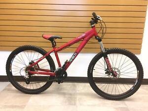 Vélo de montagne Freeride NORCO WOLVERINE **bonne condition**  #F015628
