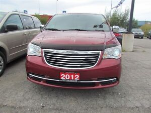 2012 Chrysler Town & Country Limited   NAV   CAM   LEATHER   ROO London Ontario image 2