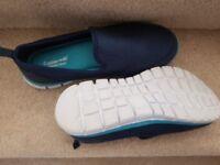 2 pair cushion walk trainers