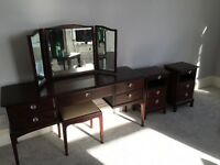 Stunning stag dressing table and matching bedside tables
