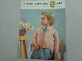 VINTAGE KNITTING PATTERN LAVENDA 460 DK CHILDS RAGLAN CARDIGAN TO KNIT