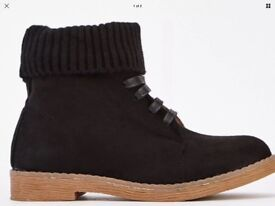 Black sock insert boots brand new size 5
