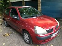 Renault Clio Expression 16V 1149cc Petrol 5 speed manual 3 door hatchback 52 Plate 03/12/2002 Red