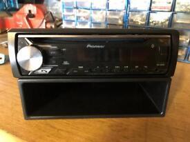 Pioneer Bluetooth/USB Radio