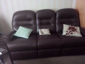 Brown leather suite excellent condition