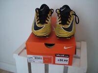 Football boots size 3 Nike Mercurial Vortex III FG Orange / Black