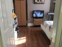 1 bedroom in Worcester parade
