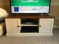TV Unit, Great Condition, Good As New