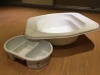 Baby bath to fit on conventional bath and 'top and tail' bowl
