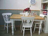 Stunning Pine Country Farmhouse 4½ft Table and 4 Chair Set.