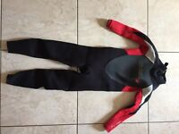 O'Neill Epic 3:2 Ultraflex Seamless Boys Full Wetsuit Age 6, only worn for a weekend, Mint condition
