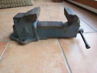 BENCH VICE # 5 Inch Jaws # Good Working Condition