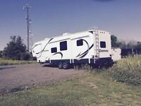 Prime Time Crusader 2014 Fifth Wheel