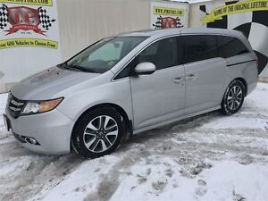 2014 Honda Odyssey Touring, Automatic, Navigation, TV/DVD, Back