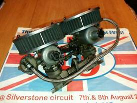 Twin 1/4 SU Carburettors