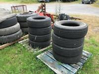 Lorry tyres 235/75 R17.5. 8 off