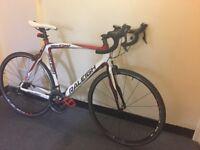 Stunning full carbon entry level road bike shimano 105 super lightweight commuter bike bargain