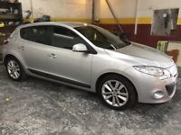 RENAULT MEGANE (2010) LOW MILES, ONLY DONE 19000 GENUINE MILES, FIRST TO SEE WILL BUY- silver