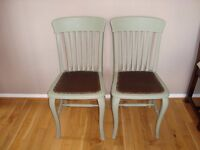 2 lovely oak dinning/kitchen chairs painted in Annie Sloan chalk paint