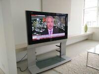"Panasonic Viera TH-42PE30 42"" 480p EDTV-Ready Plasma Television incl Stand and remote"