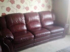 Burgundy Leather 3 & 2 seater sofa's both with reclining seats