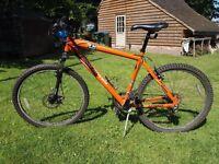"Range Rover G4 Challenge mens bicycle, 19"" frame,"