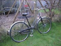 ladies vintage 3 speed coventry eagle,black,runs well,recent tyres......