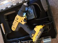 Dewalt combi hammer drill 18v