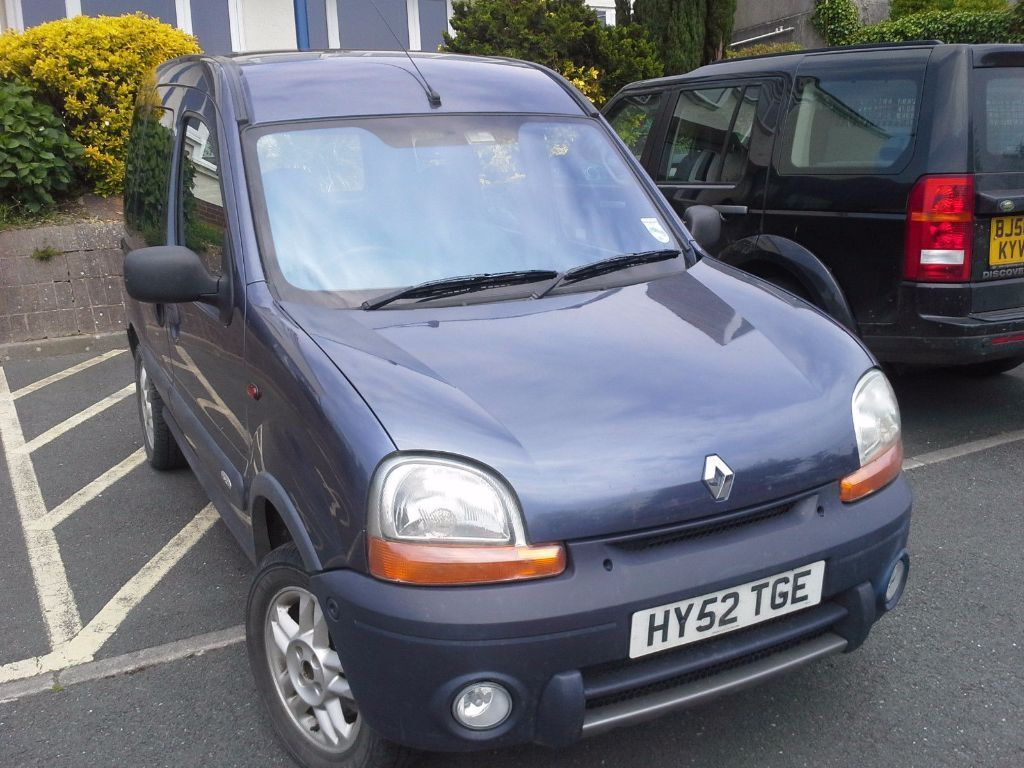 2002 renault kangoo trekka 1 9dci 4x4 5 speed manual diesel air con mpv in st austell. Black Bedroom Furniture Sets. Home Design Ideas