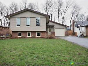 $469,000 - Raised Bungalow for sale in Fonthill
