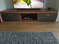 Long tv unit