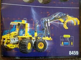 LEGO TECHNIC 8459 PNEUMATIC FRONT LOAD DIGGER