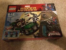 Lego Marvel Super Heroes Spiderman Spider-Cycle Chase.
