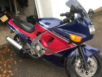 Kawasaki ZZR600 Sports tourer for sale. Ideal first big bike or winter hack
