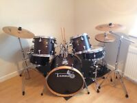 Tamburo Hand-Crafted 8 Piece Ash Drum Kit